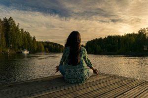簡単に出来て効果は抜群。脳をリフレッシュさせてくれる瞑想。